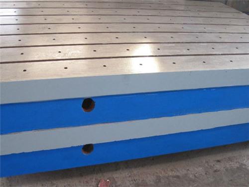 鉚(mao)焊平板